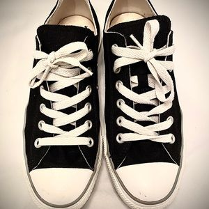 Converse Sneakers, Black, Size 8. Never worn